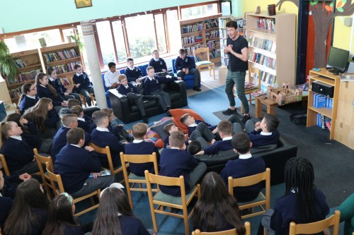 Storyteller Niall de Búrca greets our new First Years