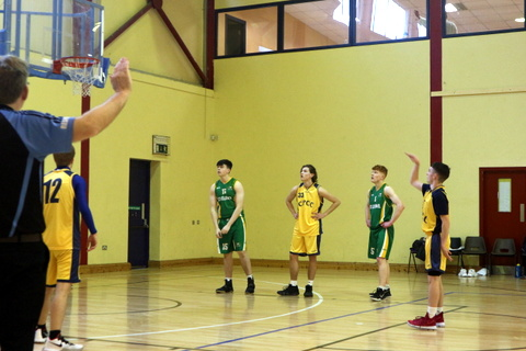 Jamie Smith Oliver getting another free throw